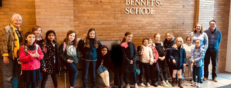 Brownies Become Landmark Detectives on North End Tour