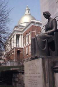 photo of Myer Dyer statue at State House