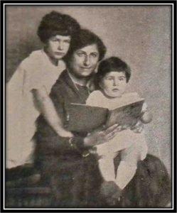 Jennie Loitman Barron with children